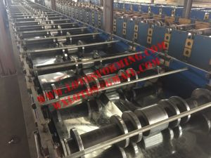 Shape Roof Panel Roll Forming Machine pictures & photos