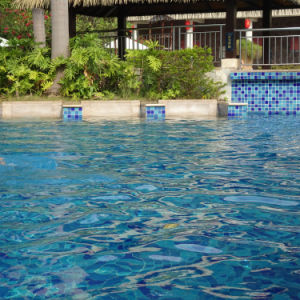 Simlpe Crack Glazed Blue Swimming Pool pictures & photos
