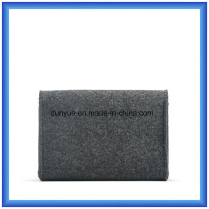 Factory Make Wool Felt Casual Small Storage Hand Bag, Promotion Gift Envelope Shape Cosmetic Bag with Button pictures & photos