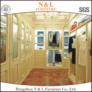 Hangzhou High Quality Bedroom Furniture Solid Wood Wardrobe pictures & photos