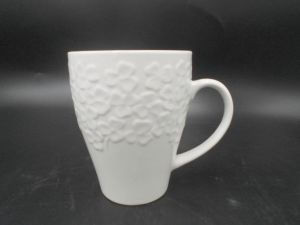 Embossment Ceramic Mug as Your Requirement pictures & photos