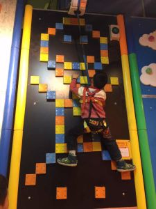 New Design Kids Indoor Playground Climber pictures & photos