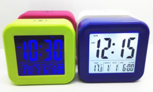 Best New Design for Home Decoration Fashion Clock pictures & photos