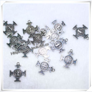 Catholic Jesus Special Metal Cross Necklace Pendant (IO-ap221) pictures & photos
