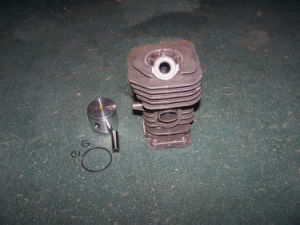 Cylinder Kit for Hu137 Chainsaw pictures & photos
