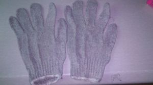 Grey Color Kintted Cotton Gloves pictures & photos