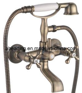 Double Handle Bath Faucet (SW-3325) pictures & photos