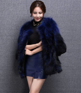 Women′s Winter Warm Gradient Color Raccoon Fur Long Coat pictures & photos