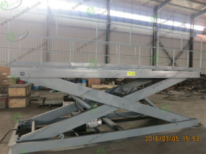 Hydraulic Scissor Car Lift with CE Approval pictures & photos
