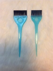 Low Price Hair Tinting Brush Comb Blue Color (T021) pictures & photos