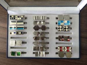 Men′s Cufflink pictures & photos
