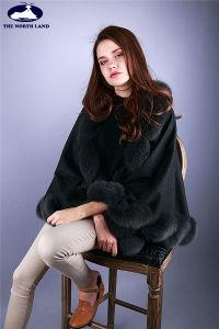 Cashmere Cape with Fox Fur Trim pictures & photos