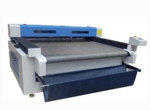 High Speed Laser Engraver Machine for Fabric pictures & photos