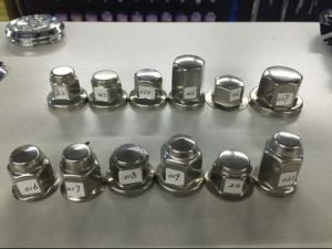 Racing Car Polished Stainless Steel Flanged Lug Nut Cover pictures & photos