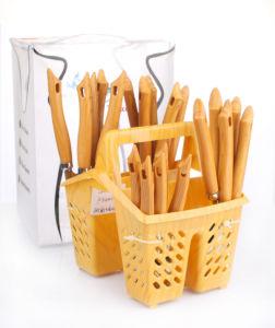 24PCS Plastic Handle Cutlery Set pictures & photos