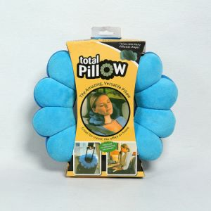 Travel Pillow, Twist and Shape Changes in Seconds pictures & photos