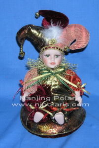 "8"" Porcelain Jester With Rotated Music Box (A359)"