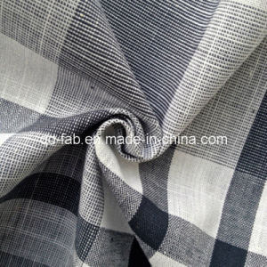 100%Cotton Yarn Dyed Shirting Fabric (QF13-0763) pictures & photos