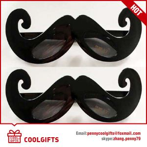 2016 Special Customized Black Sunglasses with Moustache Shape for Party pictures & photos