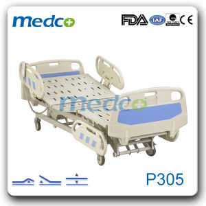 Medical Five-Function Electric Hospital Bed pictures & photos