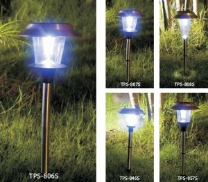 Solar Power Lighthouse Garden Decor Stake Color Change Yard LED Light pictures & photos