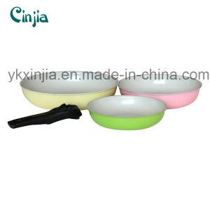 Kitchenware-High Quality Detachable Handle Aluminium Ceramic Frypan Set pictures & photos