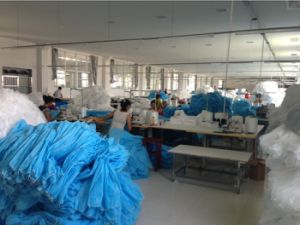 Disposable Hospital Medical PP Non Woven Lab Coats pictures & photos