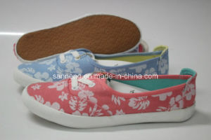 Fashion and Beauty Canvas Shoes for Girl and Lady (SNC-230009) pictures & photos