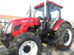Famous Huaxia Brand 135HP 4X4 Agriculture Wheel Tractor with Implements, Such as Front Loader/Trailer pictures & photos