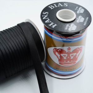 Satin Bias Binding Tape with Roll Packing pictures & photos