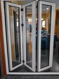 Grey Color Aluminum Folding Window for Australia Market, Flyscreen Is Available (CL-W1020) pictures & photos
