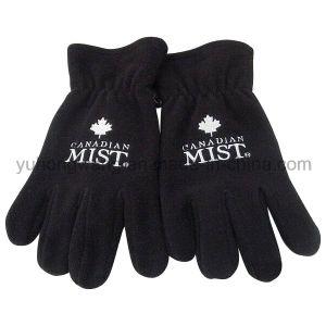 Men Warm Single Layer Polar Fleece Gloves with Embroidery pictures & photos