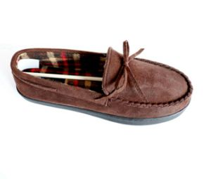 Man′s Moccasin Shoes with Tied in a Bow