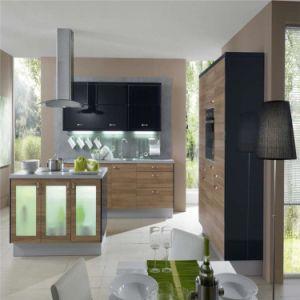 Wooden Design Modern Kitchen Cabinets