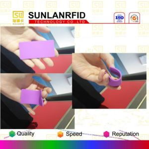 Washable Silicone Rubber UHF Laundry Tag for Tracking pictures & photos