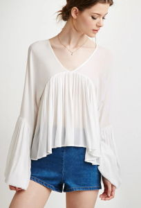 Women Chiffon V Neckline Shirred Trumpet-Sleeve T-Shirt pictures & photos