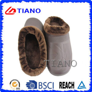 Cheap New Soft and Winter Men′s Boots (TN36779) pictures & photos