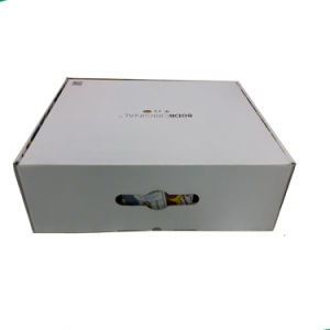 Customize Luxury Color Printing Paper Clothing Packaging Box pictures & photos