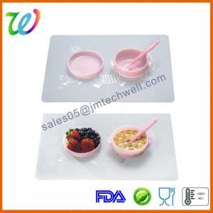 Premium Baby Toddler Food Feeding Silicone Plates with Lid pictures & photos