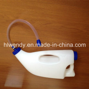 4L Calf Feeding Bottle with Feeding Tube pictures & photos