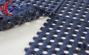 Interlocking Rubber Matting pictures & photos