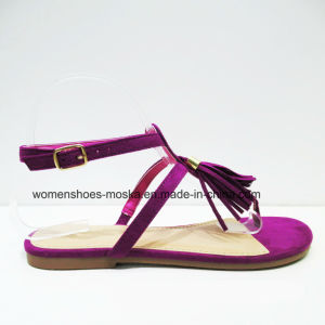 New Arrival Lady Fashion Women Flat Heel Sandals with Tassel pictures & photos