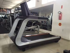 Commercial Gym Equipment/Sports Fitness/Commercial Treadmill Tz-7000/Fashion Design in 2016 pictures & photos