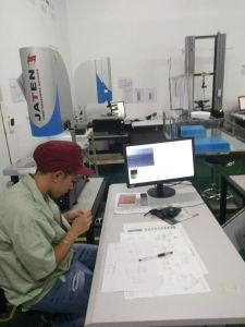 Mould Products′ Measurement Equipment Video Measuring Machine for Sale pictures & photos