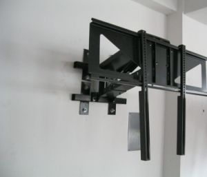 TV Wall Mount Bracket with Full Motion Dual Articulating Arm pictures & photos