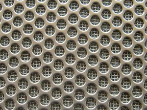 Low-Carbon Galvanized Stainless Steel Punching Net pictures & photos