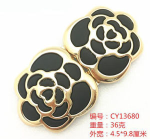 New Design Crystal Metal Pair Buckle for Lady′s Belt pictures & photos