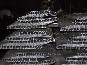 Z Purlin Profile/Z Type Steel Purlin pictures & photos