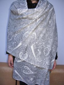 Cashmere Paisly Print Shawl pictures & photos