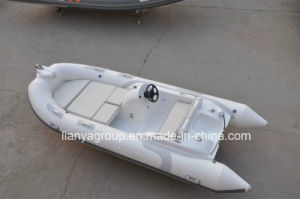 China 14 Feet Centre Console Rib Boat Inflatable Fishing Boat pictures & photos